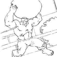 Coloriage de Hulk soulevant un rocher