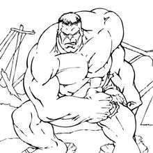Coloriage : Hulk est lourd