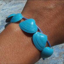 Les bijoux en coquillages - Activités - BRICOLAGE ENFANT - Bricolage de vacances