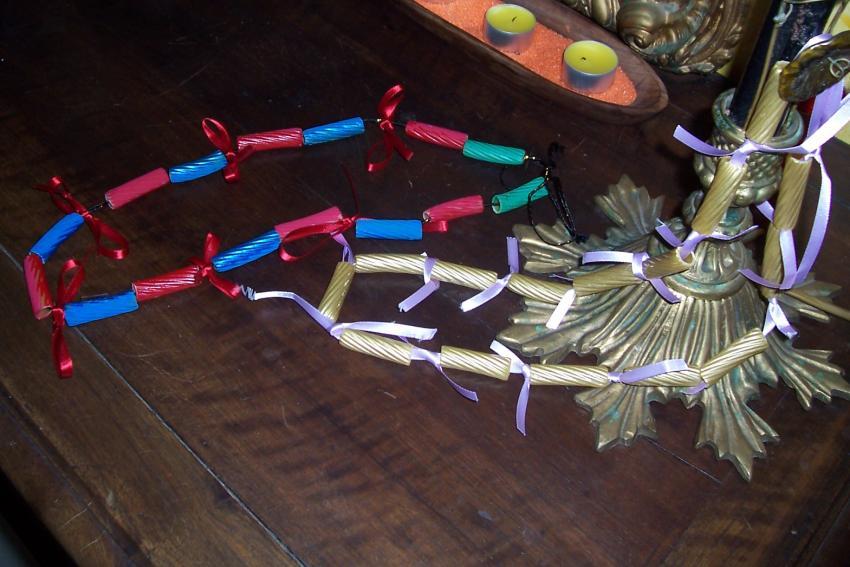 Les bijoux de pâtes - Activités - Bricolage - Fête des mères