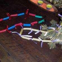 Les bijoux de pâtes - Activités - BRICOLAGE FETES - BRICOLAGE SAINT VALENTIN - BRICOLAGE CADEAU SAINT VALENTIN