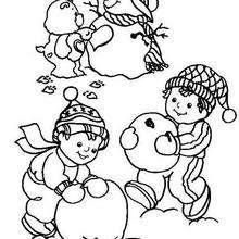 Coloriage d'un bonhomme de neige avec les enfants