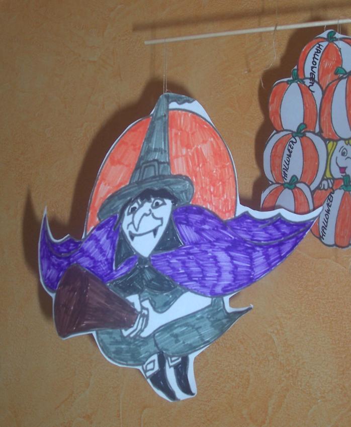 Fiche brico: le mobile de l'epouvante - Activités - Bricolage - Bricolage pour Halloween - Le mobile de l'épouvante!