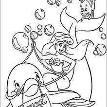 Coloriage Disney : Ariel et le dauphin