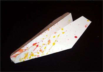 activit s manuelles fabriquer un avion en papier. Black Bedroom Furniture Sets. Home Design Ideas
