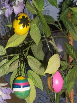 L'arbre de Pâques - Activités - BRICOLAGE PAQUES