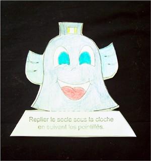 Fiche bricolage: les cloches de Pâques. - Activités - BRICOLAGE PAQUES - Les cloches de décoration pour Pâques.