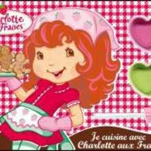 Je cuisine avec Charlotte aux fraises
