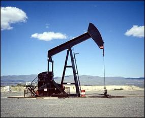 Parc des Princes (47,428 places fin estimée été 2015) Puit-de-petrole-source_2ni