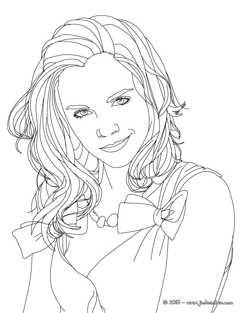 Coloriage Emma Watson blouson Emma Watson sourire  colorier Coloriage Coloriage DE STARS Coloriage EMMA WATSON