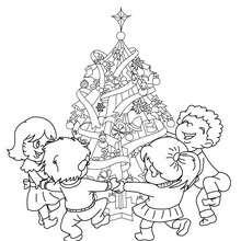 Sapin de Noël farandole enfants à colorier - Coloriage - Coloriage FETES - Coloriage NOEL - Coloriage SAPIN DE NOEL - Coloriage SAPIN DE NOEL DECORE