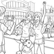 Coloriage Barbie : Coloriage de Blair la footballeuse