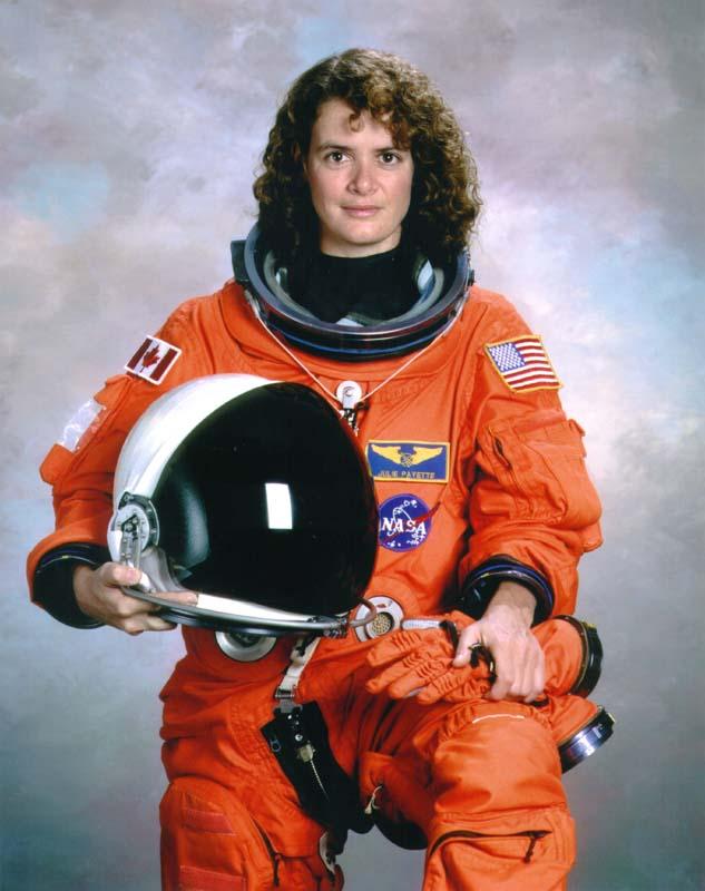 Reportage : Julie Payette : femme astronaute
