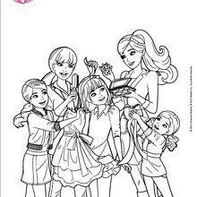Barbie et ses soeurs en pleine séance de relooking