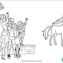 Coloriage Barbie : Barbie et ses soeurs saluent leur cheval