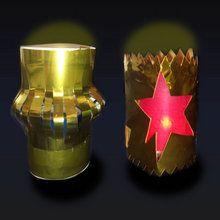 Lanternes brillantes pour décorer la table de Noël