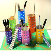 Activité : La ville-stylos pour le bureau