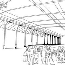 Coloriage de passagers en attente sur le quai de la gare