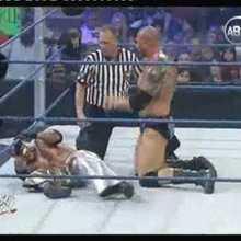 catch attack Novembre 2009 :Batista vs Rey misterio