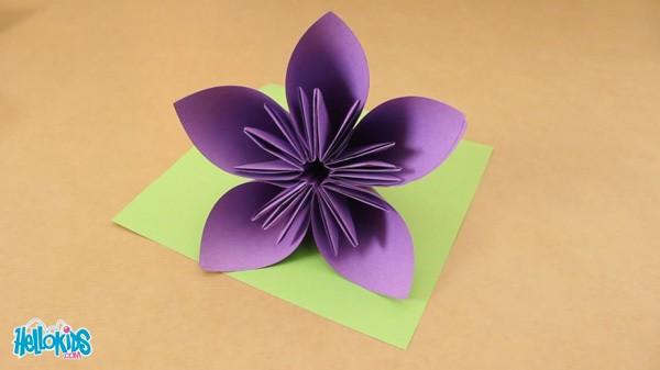 activit s manuelles la fleur origami. Black Bedroom Furniture Sets. Home Design Ideas