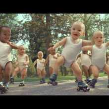 Vidéo : Evian Roller Babies international version