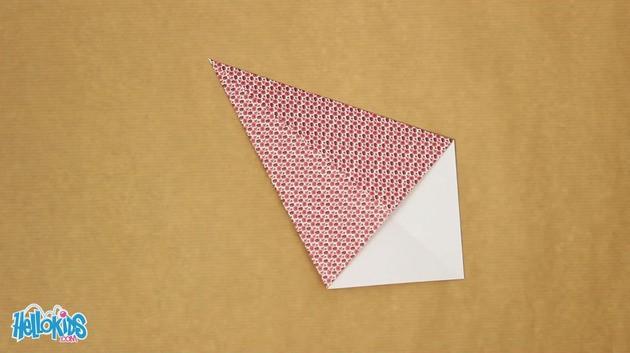 Activit s manuelles la poule origami - Comment faire une poule en papier ...
