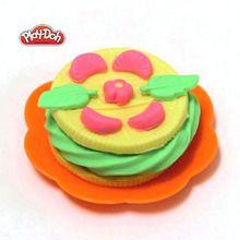 Des biscuits en pâte à modeler