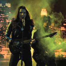 Chica Vampiro - La chanson de Mirco - Hoy Voy