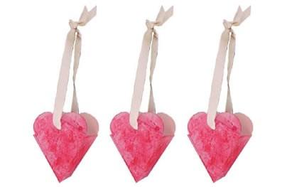 Petits paniers en forme de cœur pour la St Valentin