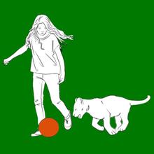 Coloriage : Mia Joue Au Ballon Avec Son Lion