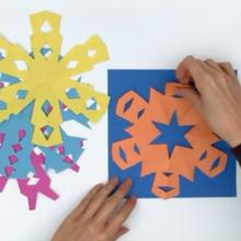 Activité : Faire un flocon de neige avec une feuille de papier